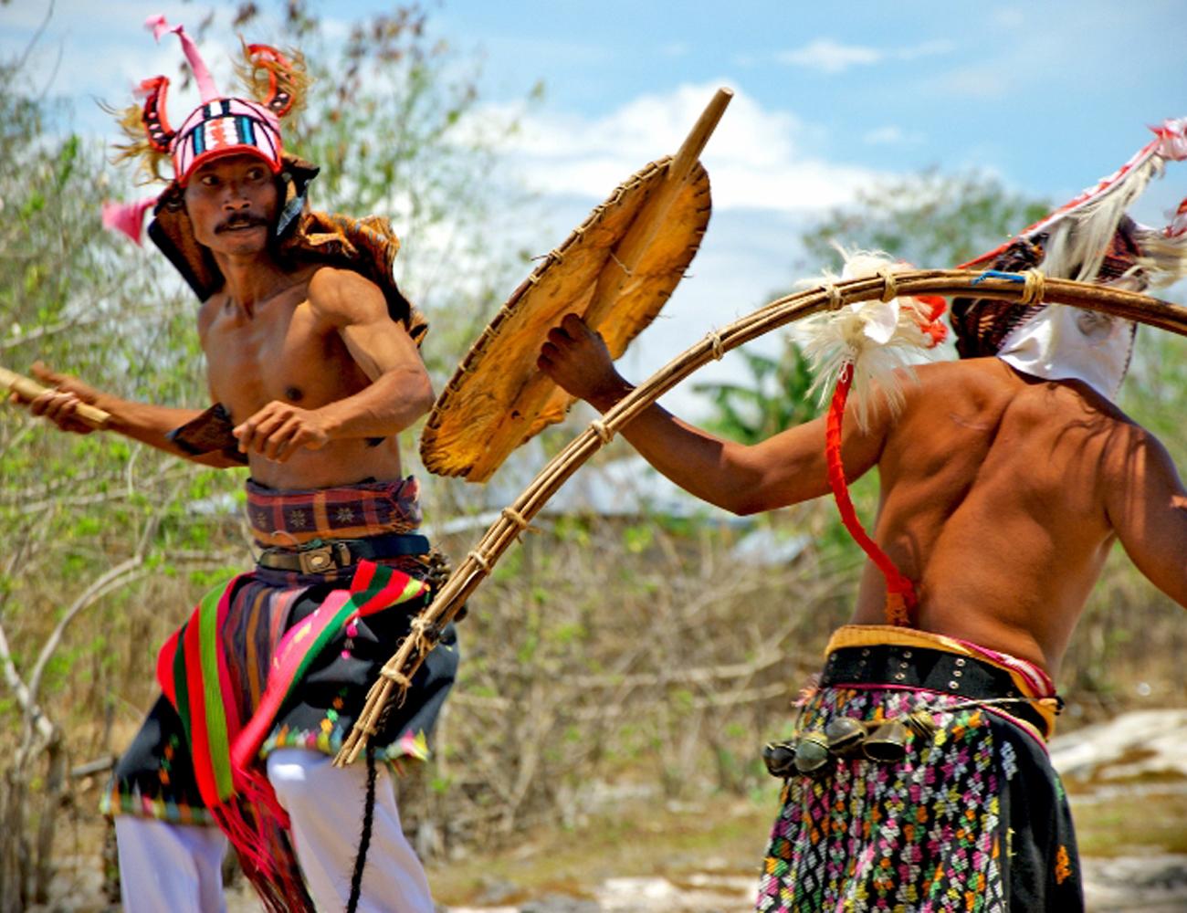 Caci-Dance-Ceremony1