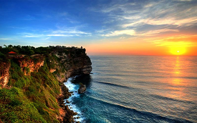 keindahan-Uluwatu-Bali